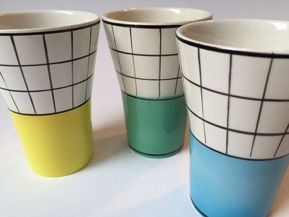 vintage fifties kitchenware: 3x milk cups Granit made in Hungary geometrical figures 50's yellow green blue