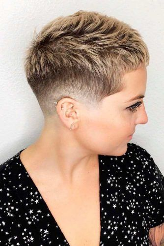 40 Blonde Short Hairstyles For Round Faces
