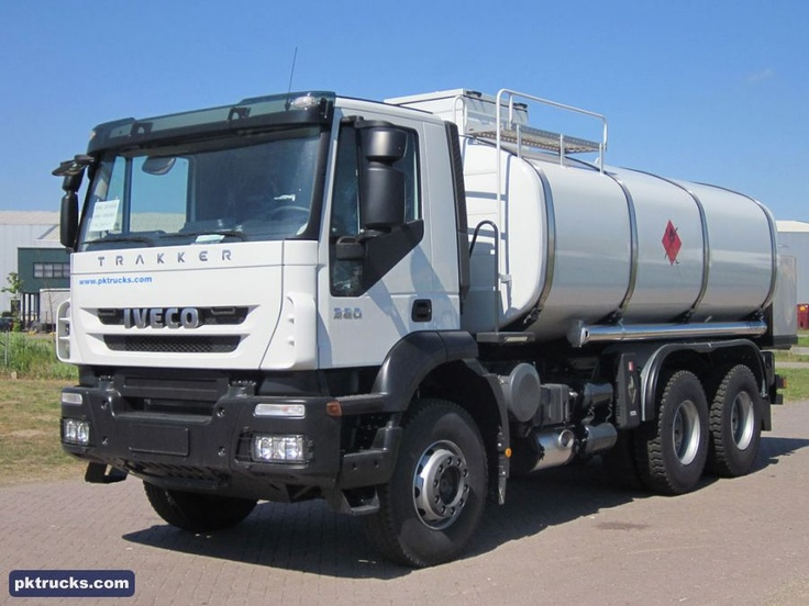 1 unit Iveco AD380T38H TRAKKER 6x4 Ravasini, fuel tank