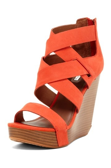 {Stacey Strappy Wedge in Papaya} Matiko