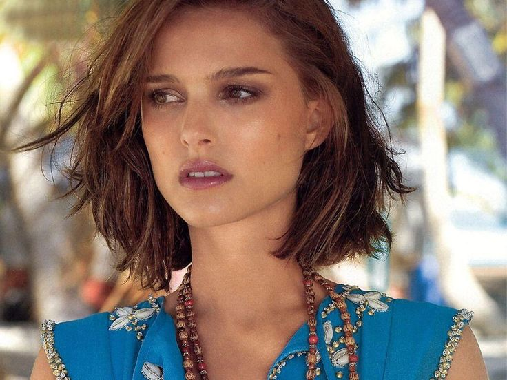 Natalie loose waves, beachy, short hair