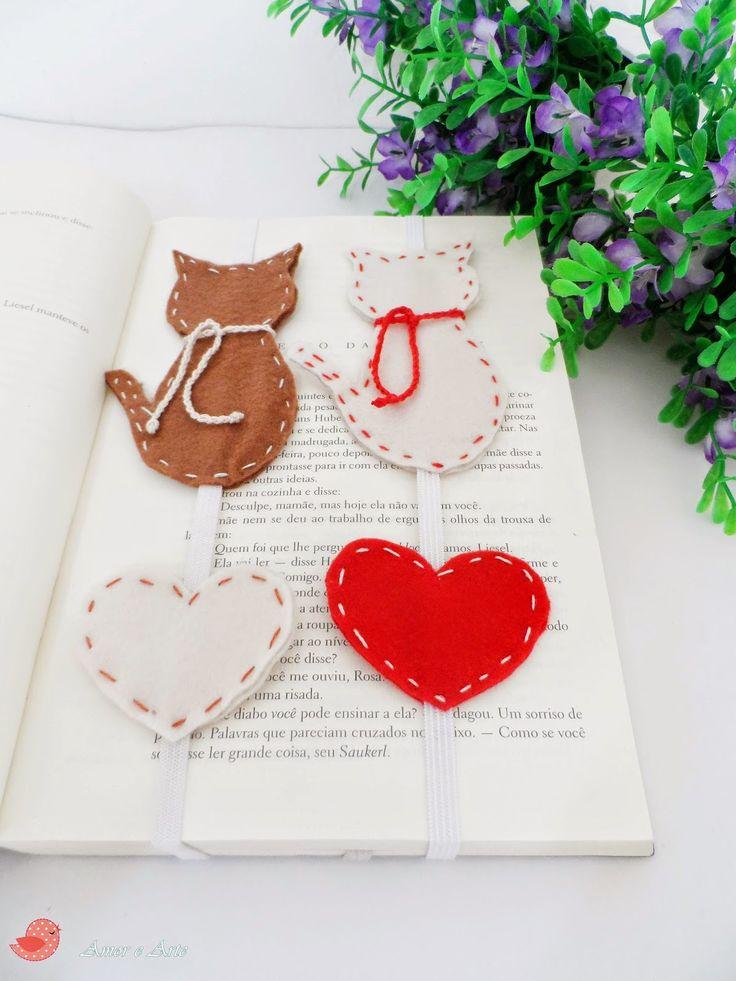 Marcador de Página em Feltro - Gatinhos e Coração: