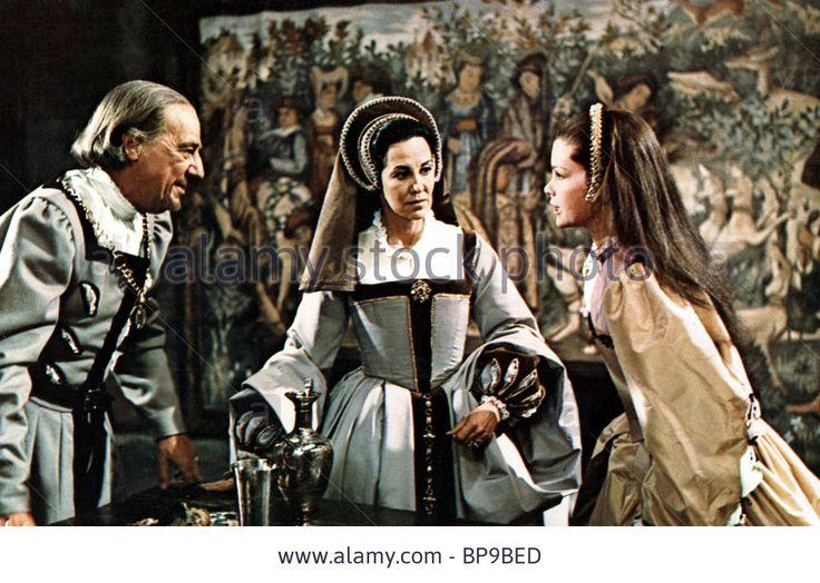 MICHAEL HORDERN KATHARINE BLAKE & GENEVIEVE BUJOLD ANNE OF THE THOUSAND DAYS (1969) Stock Photo