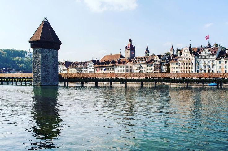 Luzern has totally stolen my heart  . . . #luzern #switzerland #wasserturm #kapellbrücke #schweiz #igerseurope #travelcommunity #timeoutsociety #teamwanderlust #welivetoexplore #wearetravelgirls #ladiesgoneglobal #theglobalgirls #girlslovetravel #femmetravel #wonderful_places #beautifuldestinations #exceptional_pictures #speechlessplaces #travelphotography