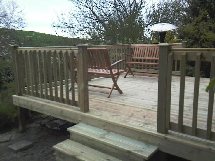 12 best images about bi fold decking ideas on for End of garden decking ideas
