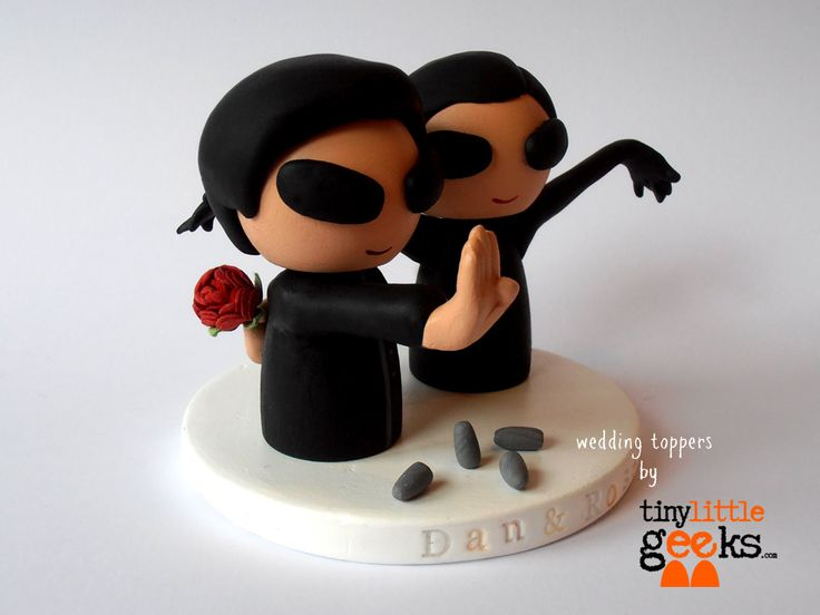 geeky wedding cake toppers the matrix inspired wedding cake topper geeky wedding 14664