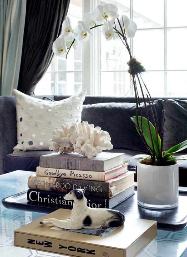 N'oubliez pas les fleurs, livres, coussins et autres accessoires donneront à toutes vos pièces une touche de finition.