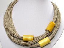 Un bijou couleur jaune soleil pour elle ! By DaWanda.com