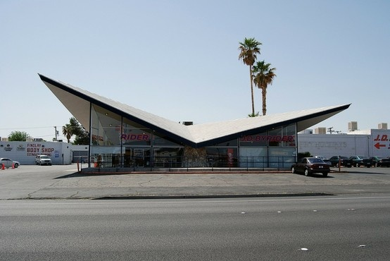 Googie Architecture: Googi Style, Midcentury Modern, Spaces Ageartist, Atoms Age Inspiration, Googi Architecture, Modern Architecture, Cars Culture, Googi Design, Ageartist Roof