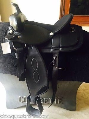 WESTERN SYNTHETIC SADDLE - 16'' BLACK WITH BLANKET REGULAR PRICE $229.00 Western synthetic saddle comes with saddle blanket as shown  Leather head Size : 16'' seat Color : Black  Order before the stock last Link in Bio to order #horserider #horseriding #horseride #horsesports #horse #sports #englishsaddle #saddle #ride #rider #buysaddle #horselovers
