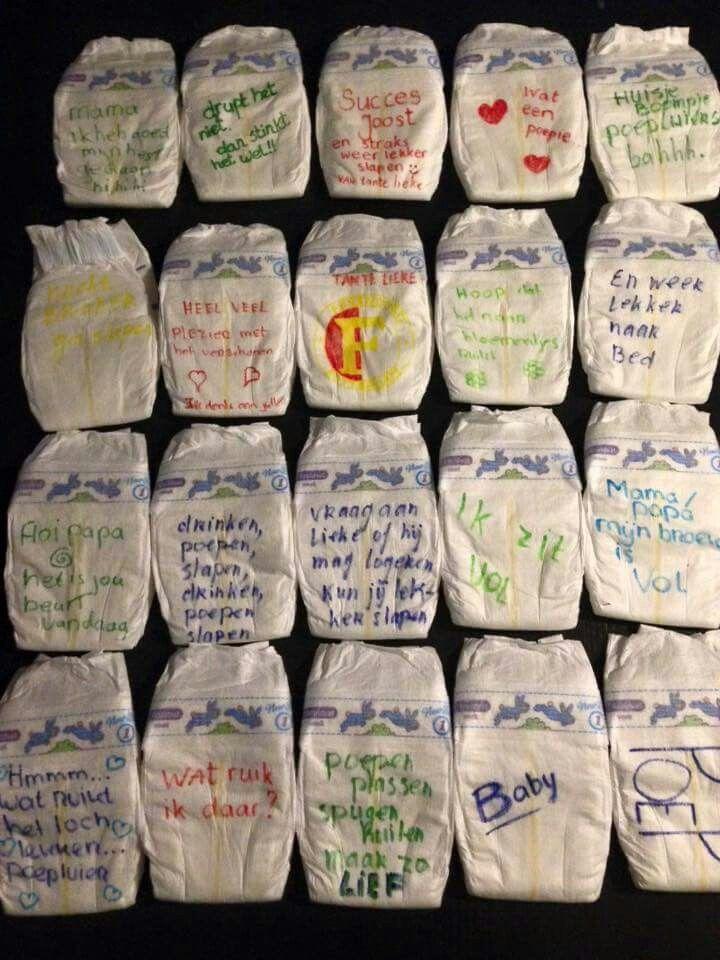 DIY a la Kell - Babyshower - Voor de nachtelijke verschoningen een boodschap op een luier schrijven!