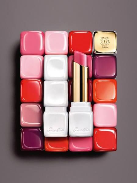 Guerlain Bloom of Rose Collection Fall 2015 - the new Guerlain Kiss Kiss Rose Lip, available in six shades:      371 Morning Rose /     372 Chic Pink /     346 Peach Party /     329 Crazy Bouquet /     373 Pink Me Up /     374 Wonder Violette