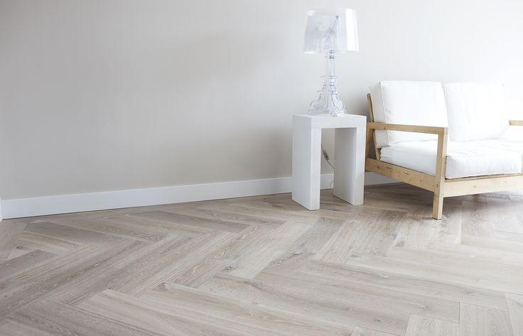 25 beste idee n over grijze houten vloeren op pinterest grijze hardhouten vloeren grijze - Kleur grijze leisteen ...