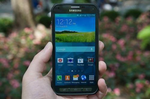 Galaxy S5 Active Discussed : A Samsung Smart phone for the Sporty and Klutzy