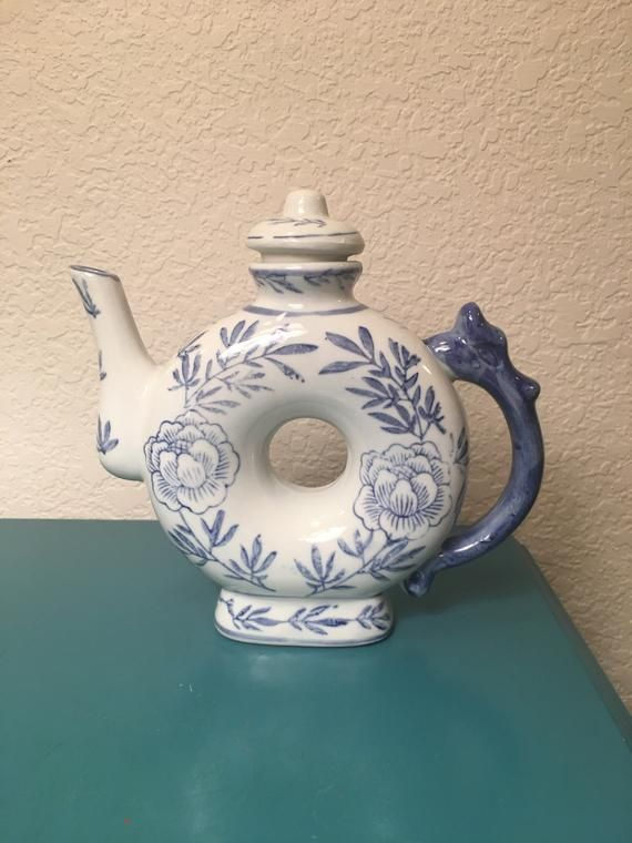 Vintage Chinese Blue White Teapot with Lid