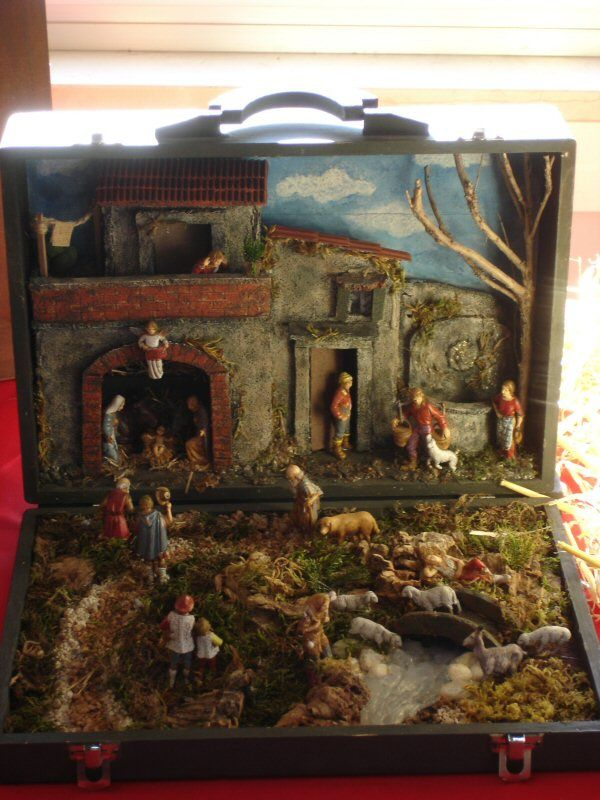 creche in a suitcase