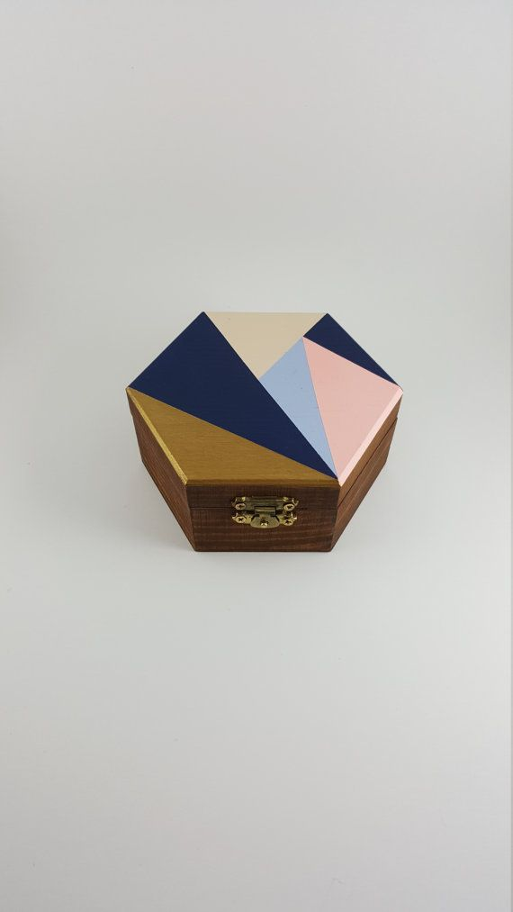 Hey, I found this really awesome Etsy listing at https://www.etsy.com/ca/listing/386894560/hexagonal-geometric-handmade-jewelry-box