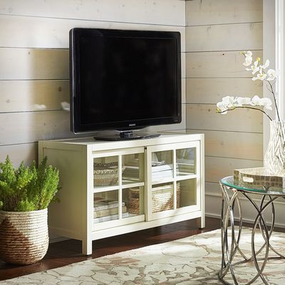 Sausaltio Small TV Stand - Antique White