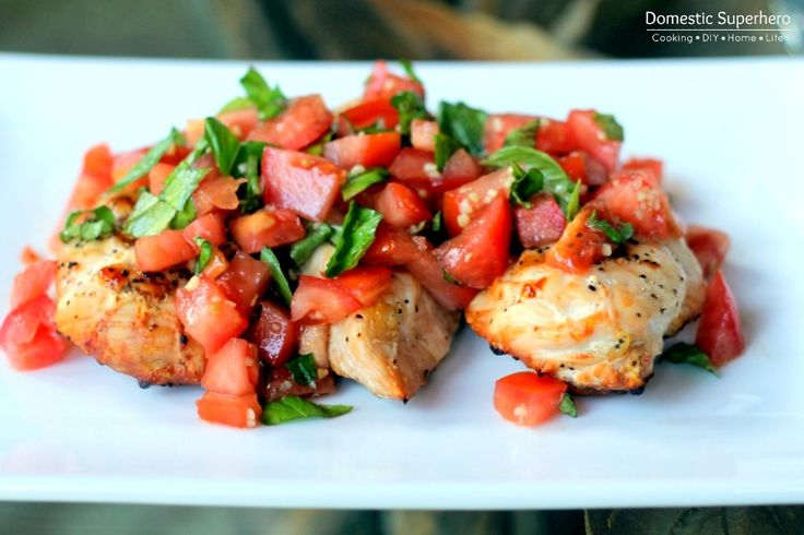 Skinny Bruschetta Chicken - the perfect fresh healthy dinner! Make bruschetta before chicken if grilling