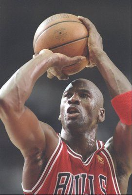 a2c8f100d4 25 Nov 1996: Guard Michael Jordan of the Chicago Bulls shoots a fould shot  during a game against the Los Angeles Clippers at the Los Angeles Sports  Arena in ...