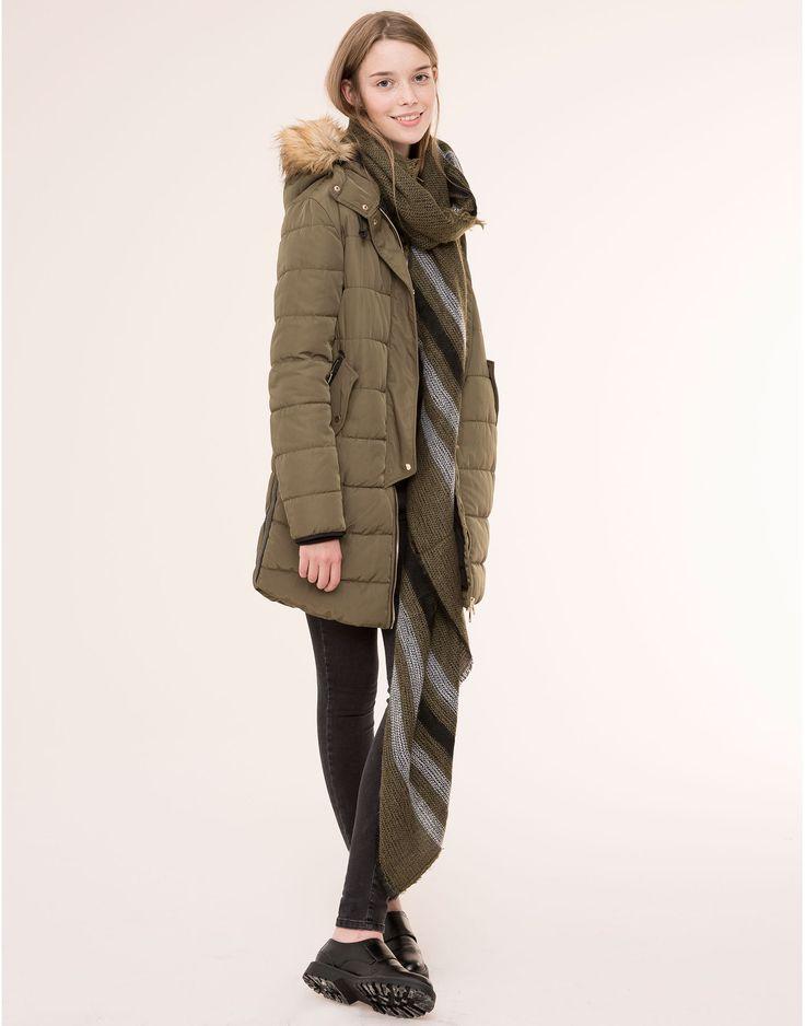 70 parka acolchada con capucha abrigos y parkas mujer. Black Bedroom Furniture Sets. Home Design Ideas