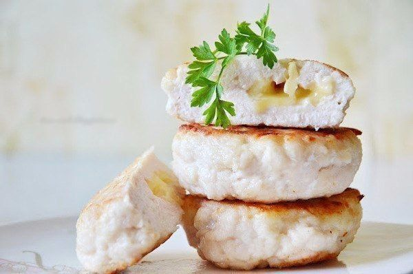 Chicken cutlets with cheese