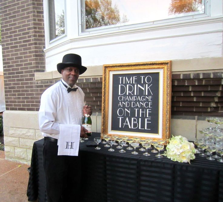 Love this sign! Must-have at my birthday party! Perfectdaystl.com Old Hollywood ~ Art Deco Wedding