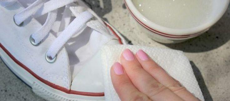Jak wyczyścić białe trampki? – 7 domowych sposobów