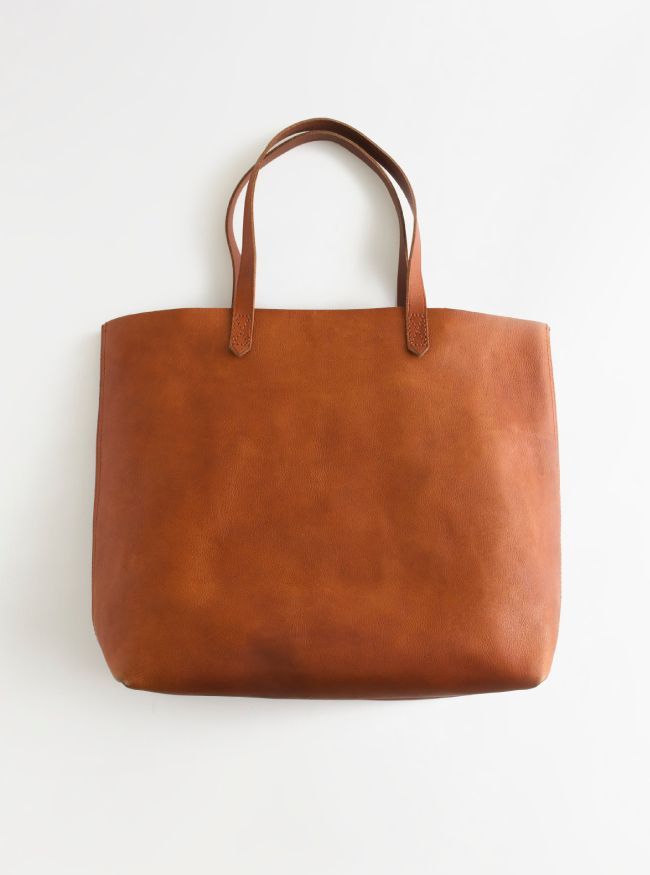 Madewell Transporte tote. I'm going to have to get myself one of these.