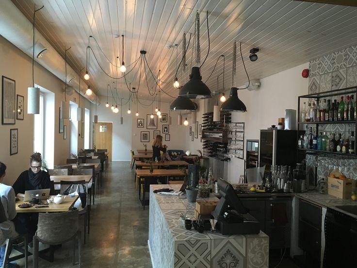 Fabrik in Kalamaja area offers tasty Scandinavian style food. The interior is trendy and fresh. Fabrik is known to have good customer service. #eckeröline #eckeroline #tallinn www.eckeroline.fi