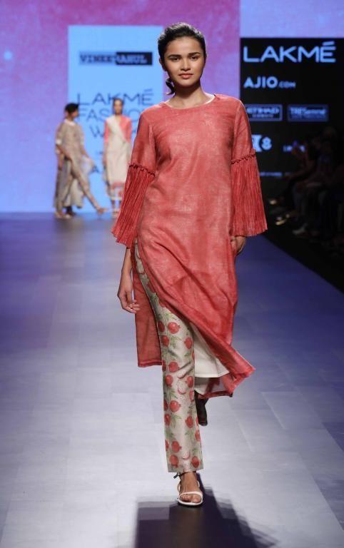 Vineet Rahul - Lakme Fashion Week - SR 17 - 4
