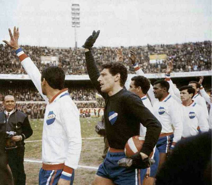 CD Nacional 0 Racing Club 0 in Aug 1967 in Montevideo. The Nacional players wave to the fans before the Copa Libertadores Final, 1st Leg.