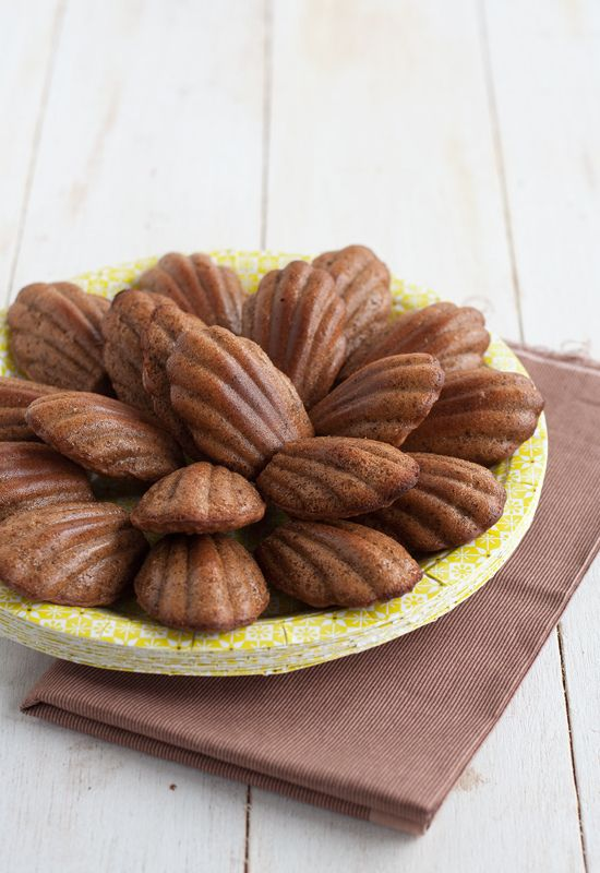 Receta de madeleines de chocolate, café y naranja http://www.unodedos.com/recetario-de-cocina/receta-de-madeleines-de-chocolate-cafe-y-naranja/