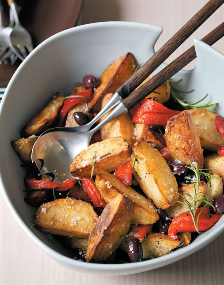Crispy potatoes with roasted capsicum by Margaret Fulton | Cooked