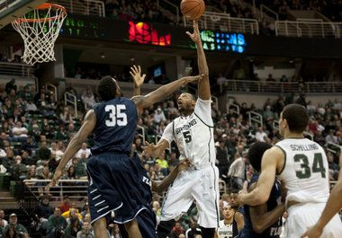 Michigan State Basketball Gameday: Can the Spartans' big men step up to Texas? | MLive.com