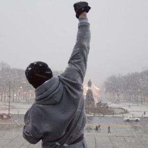 Zdobywanie schodów w stylu Rocky'ego, aby zwiększyć siłę i spalić niepotrzebne kilogramy? Czemu nie! http://blog.ruszamysie.pl/bieganie-po-schodach/