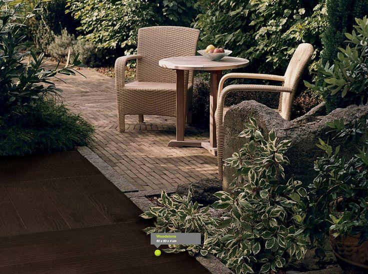 #woodstone €10,75 per tegel. Met deze woodstone tegel 60x60x4 heeft u een duurzame betontegel met een houtnerf structuur. Prachtige duurzame uitstraling voor uw #tuin #terras #tegel #buiten