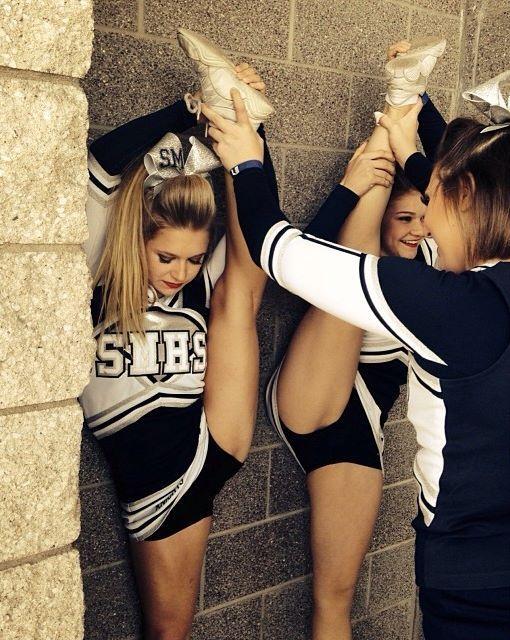 young junior girls cheerleading