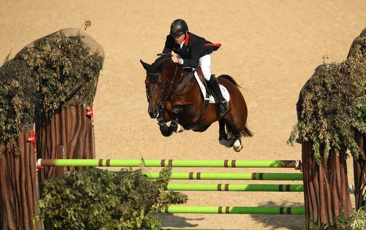 At 58, equestrian gold medallist Nick Skelton becomes Great Britain's oldest Olympic champion since 1908