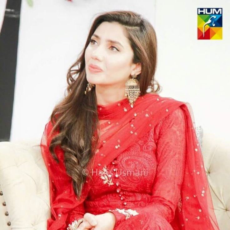 Mahira Khan Red Suit Bollywood Indian Designer Wear