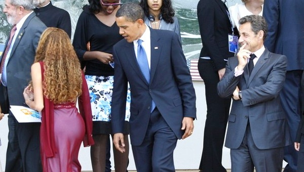 Obama Accused Of Sexual Harassment While at Harvard Law Review: Go Girls, Funny Celebrity, Health Care, Workout Diet, Funny Stories, U.S. Presidents, Awkward Funny, Funny Photos, Barack Obama