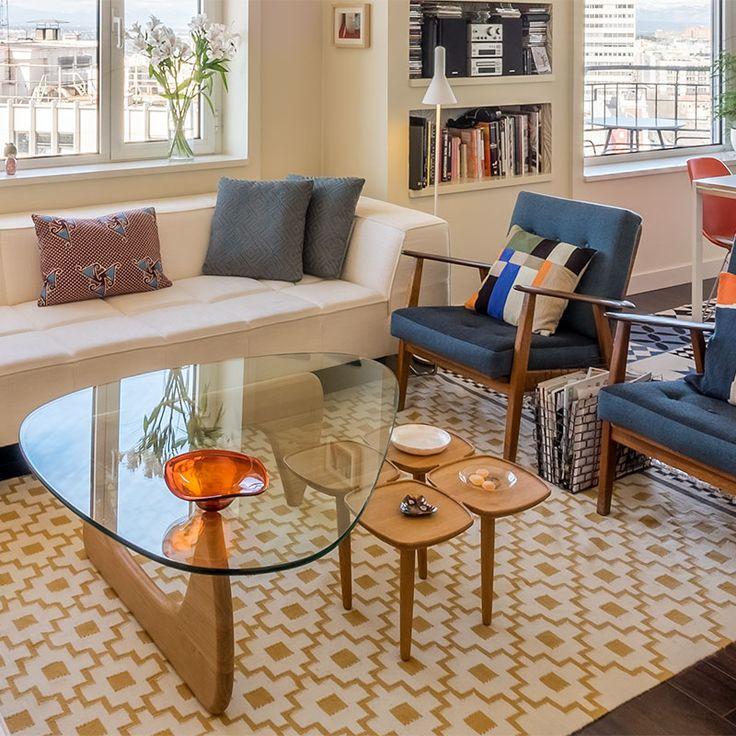 un must! Decora y delimita espacios con un kilim en colores neutros #lacasademiamiga #kilim #decoracion #personalshopper