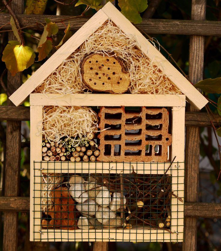 ber ideen zu insektenhotel selber bauen auf. Black Bedroom Furniture Sets. Home Design Ideas