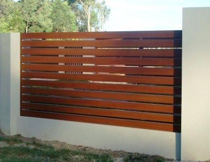 Aluminium Horizontal Slat Fencing - Go Fencing, DIY Glass Pool ...