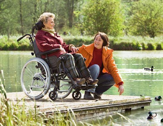 Le remboursement du #FauteuilRoulant va de 1000 € à 2000 € par certaines mutuelles de renoms, trouvez une pour pas cher par ici → http://www.mutuelles-pas-cheres.org/prix-fauteuil-roulant←