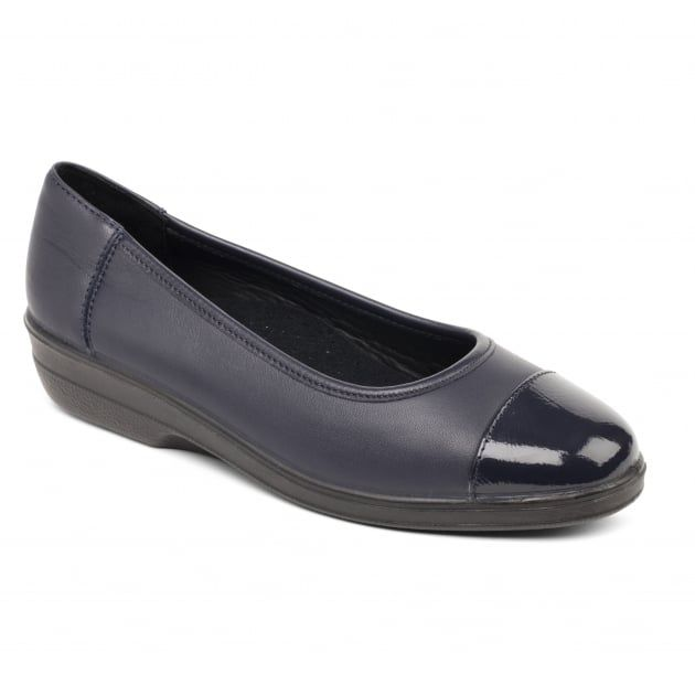 Fearne 648 Navy Patent Shoes