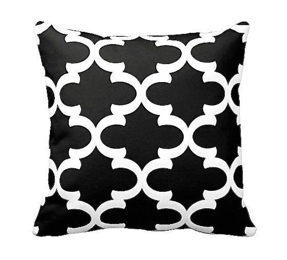 DESIGN, TEXTIL, HANDWERK & PFLEGE  Dieser Kissenbezug bietet eine schwarz-weiß gedruckte Muster, die kontinuierlich auf Vorder- und zurück mit