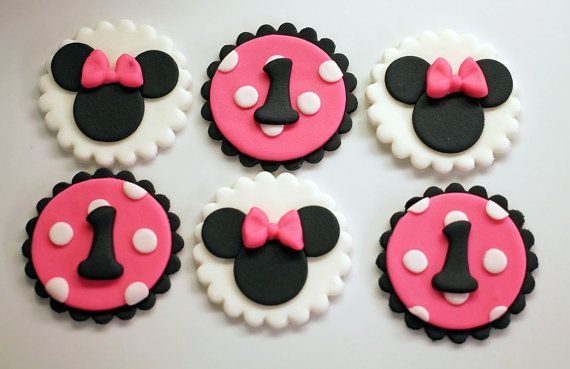 12 Minnie Mouse Fondant Cupcake Toppers by HotMamasCakeToppers
