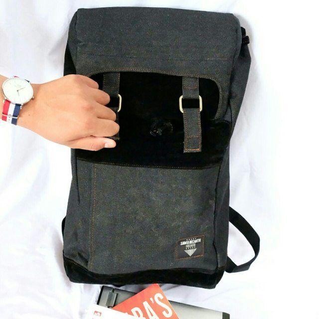 Aku sekarang punya kebutuhan untuk bawa perlengkapan kerja, mulai dari laptop, buku dan kamera. Tapi aku pengen tas nya juga bisa buat jalan - jalan. Jadi barusan #AkuBaruBeli tas denim batik di @tokopedia untuk aku bisa membawa perlengkapan kerja. Pas banget buat yang mau bekerja tapi tetap fashionable. Ini nama Toko tempat aku beli di Tokopedia : Samdecanth Store. Wah ternyata mau cari tas #DimulaiDariTokopedia lho!