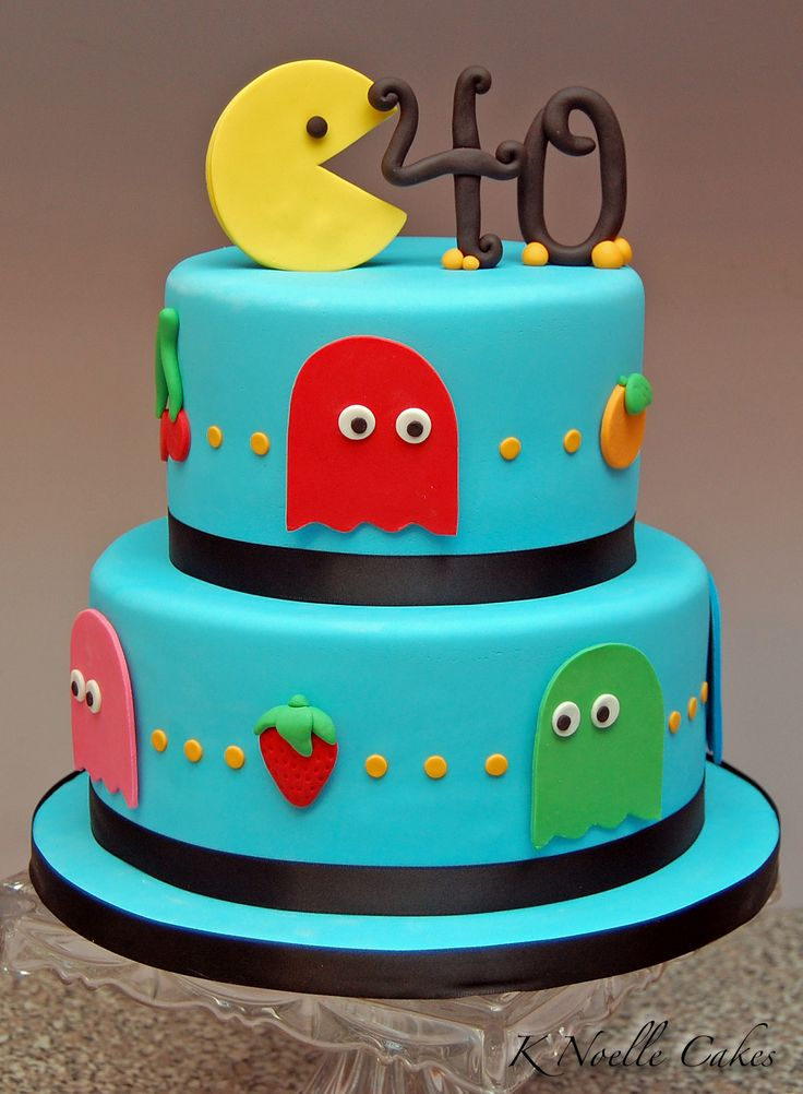 Pac Man Cakes By K Noelle Cakes White Birthday Cakes